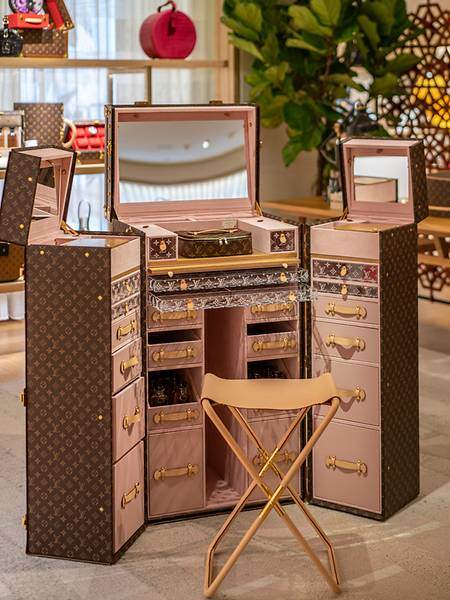 The Malle Coiffeuse beauty trunk